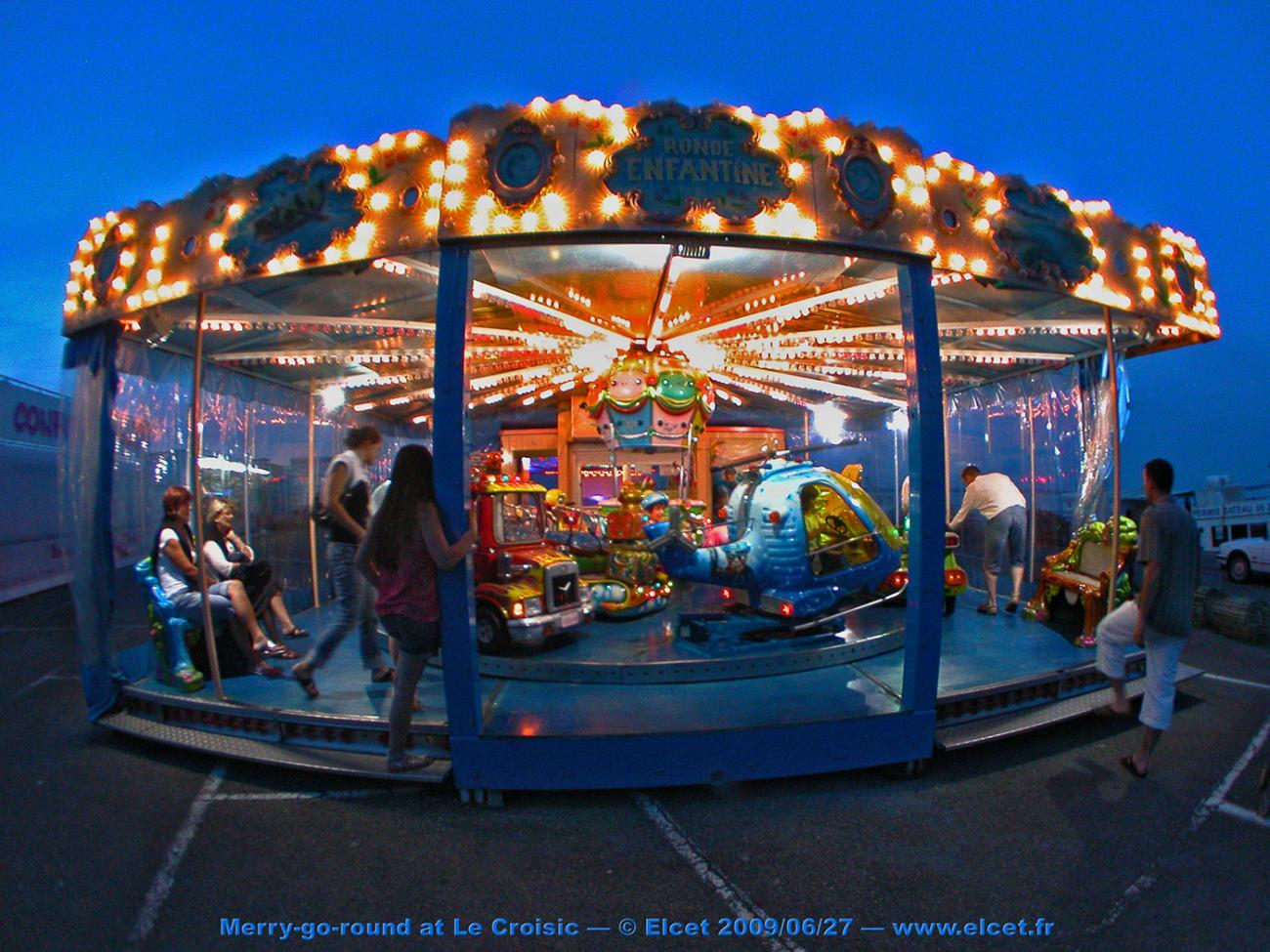 Fisheye image 2 - Merry-go-round 1, Le Croisic by Elcet
