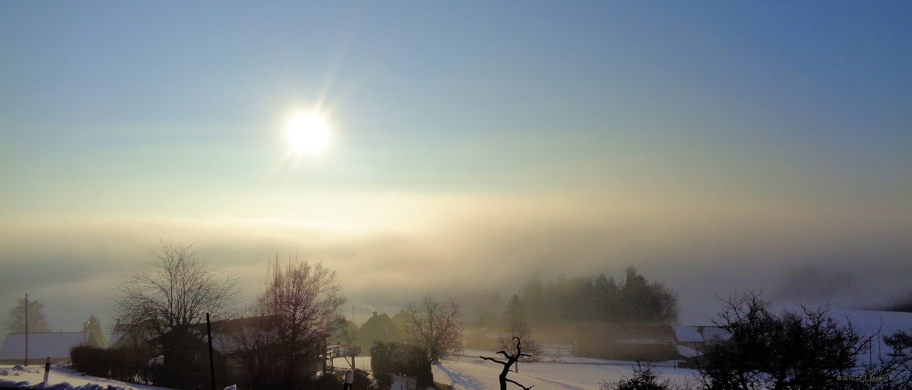 Above the fog by mermaid