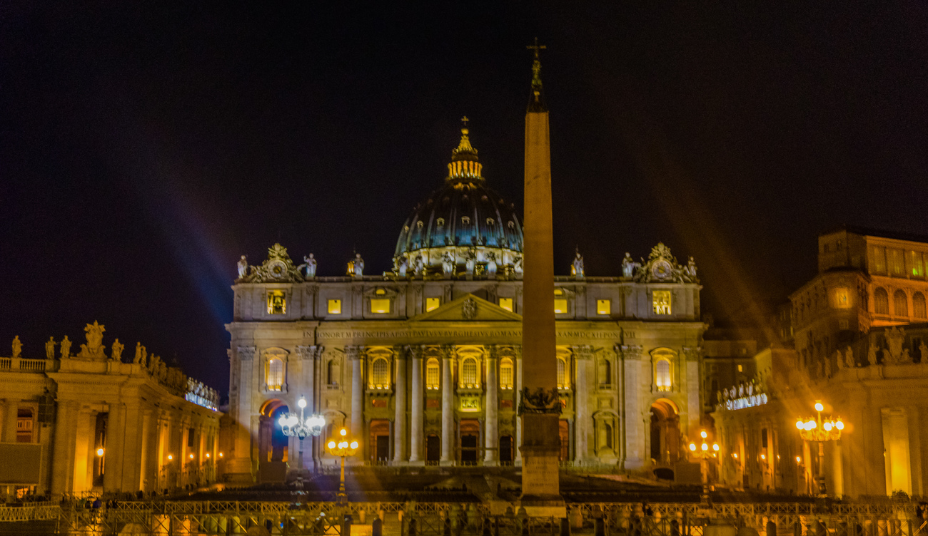 Saint Peter's at Night by EJD64