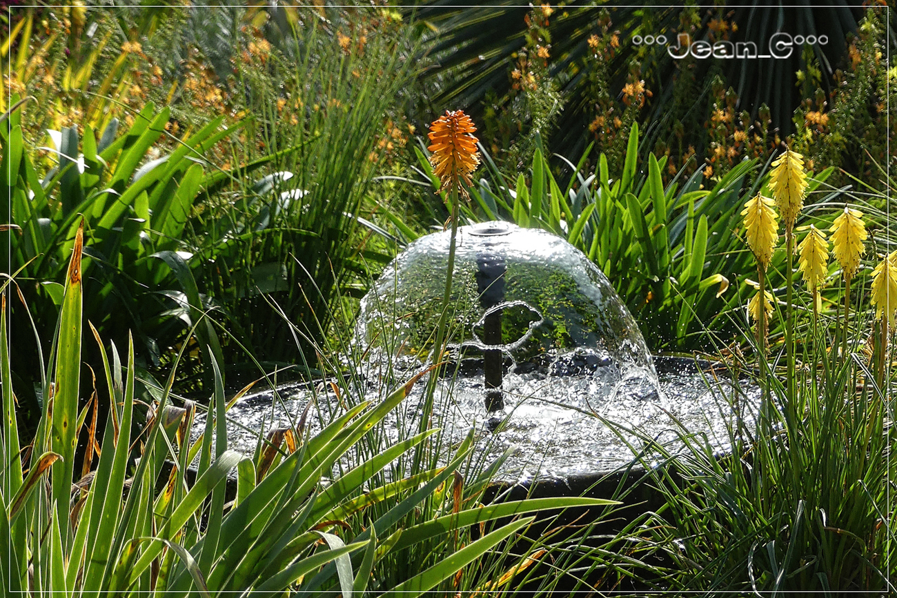 Fountain in a park by Jean_C