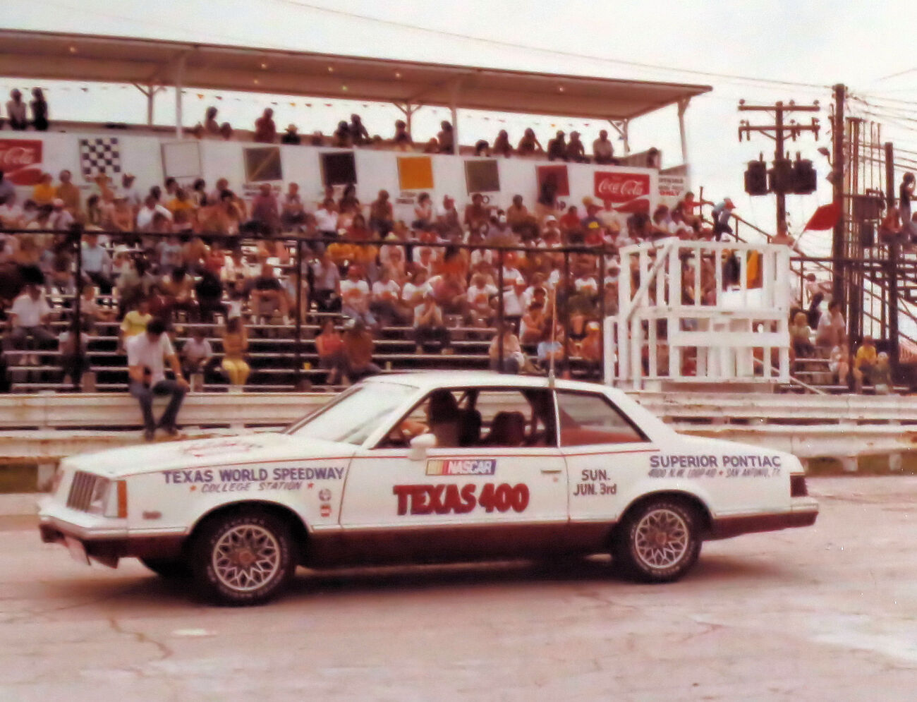 the pace car for the 400 mile race that day