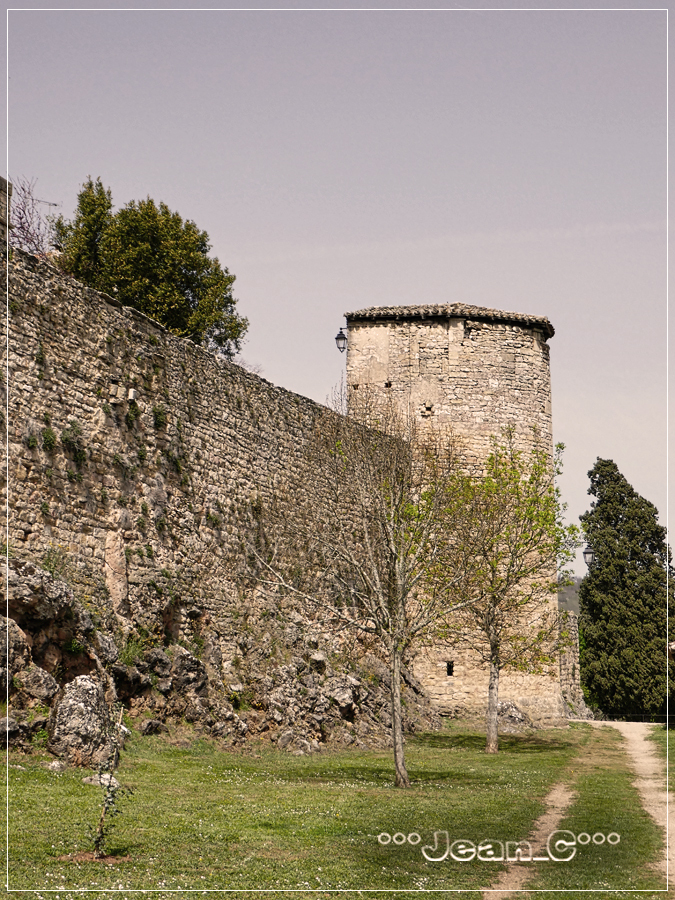 Puycelsi (3): Old battlements and tower by Jean_C